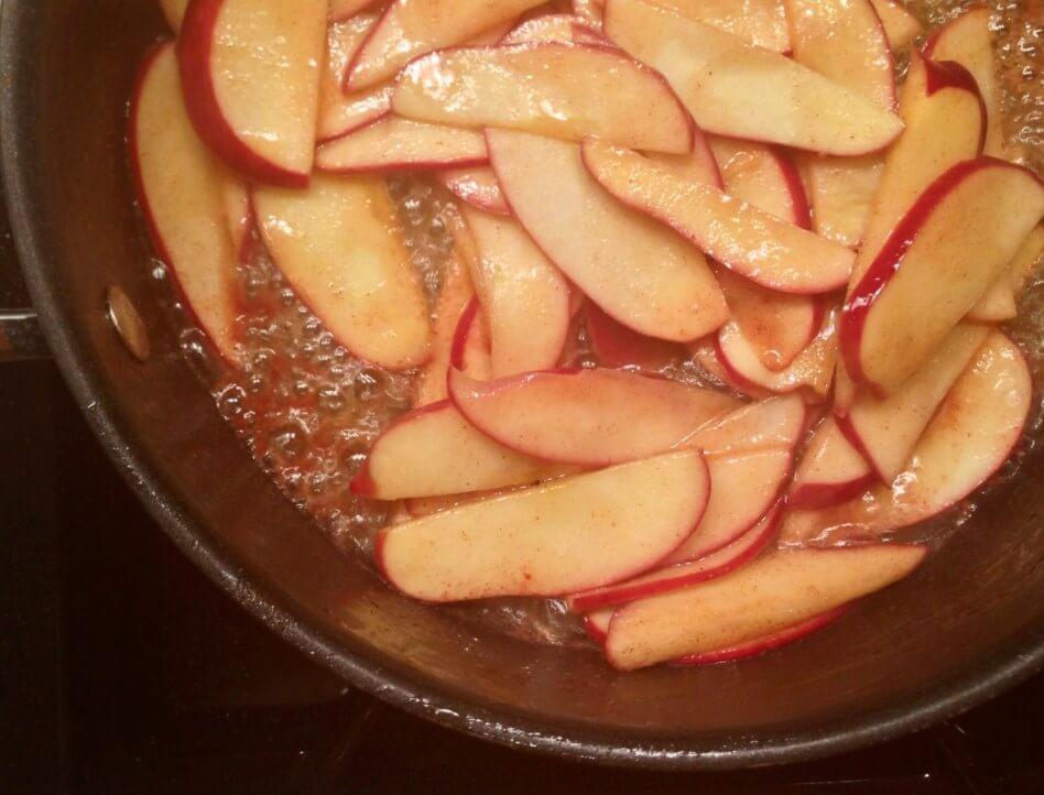 apples-frying