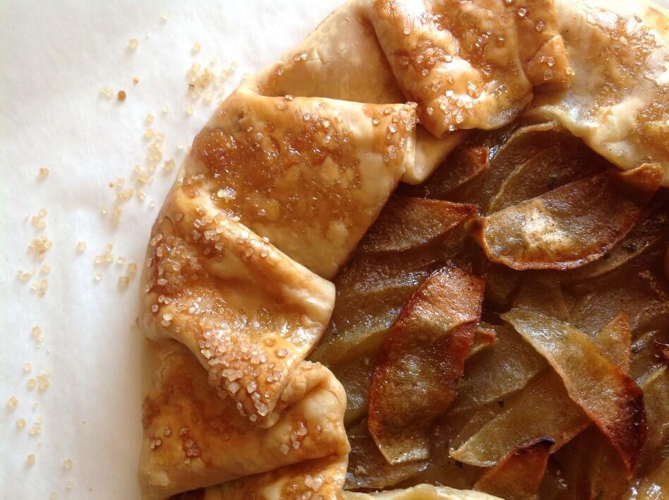apple-rosemary-tart
